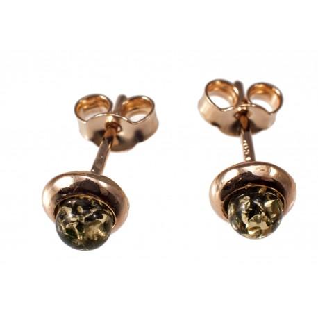 Auksiniai auskarai su žaliuoju gintaru.
