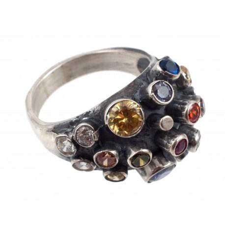 Puošnus sidabrinis žiedas