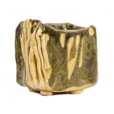 Žema keramikinė vaza