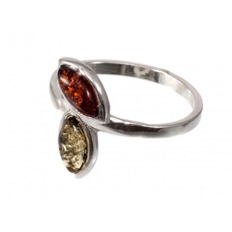 Sidabro žiedas su gintaru